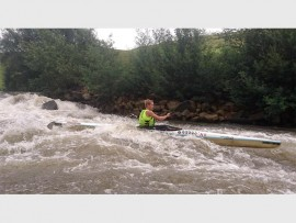 Keen paddler Evan Knight crashes through the big water of Glenhaven Rapid while preparing for the upcoming N3TC Drak Challenge. PHOTO: Dave Macleod/Gameplan Media