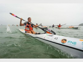 In what was her second consecutive win of the series, Euro Steel's Bridgitte Hartley was in fine form at the Funky Pants Surfski Challenge, Race Two of the 2017 FNB Surfski Series. PHOTO: Anthony Grote/ Gameplan Media