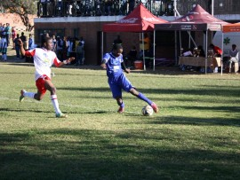 GUNNERS' Calvin Mashele tries to stop a cross ball from Lethabo Mazibuko of Heroes in the U17 division of the Map Games 2016.