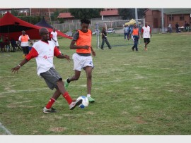 Some of the former Gunners players grace the Play for Education initiative at the Altrek Sports Grounds.