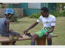 Pictured here challenging each other to a chess game in between riding on the pump track at the Inanda Adventure Park are GO!Durban Cycle Academy are riders Mluleki Myeza and Linda Maphanga.