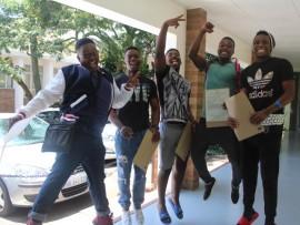 Nthando Zulu (1 A), Vuyani Langa (5 As), Sakile Xaba (1 A), Phiwokuhle Masango (2 As) and Mbuso Mgobozi (Bachelor pass) jump for joy.