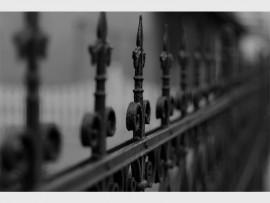 fence-77940_960_720_02396