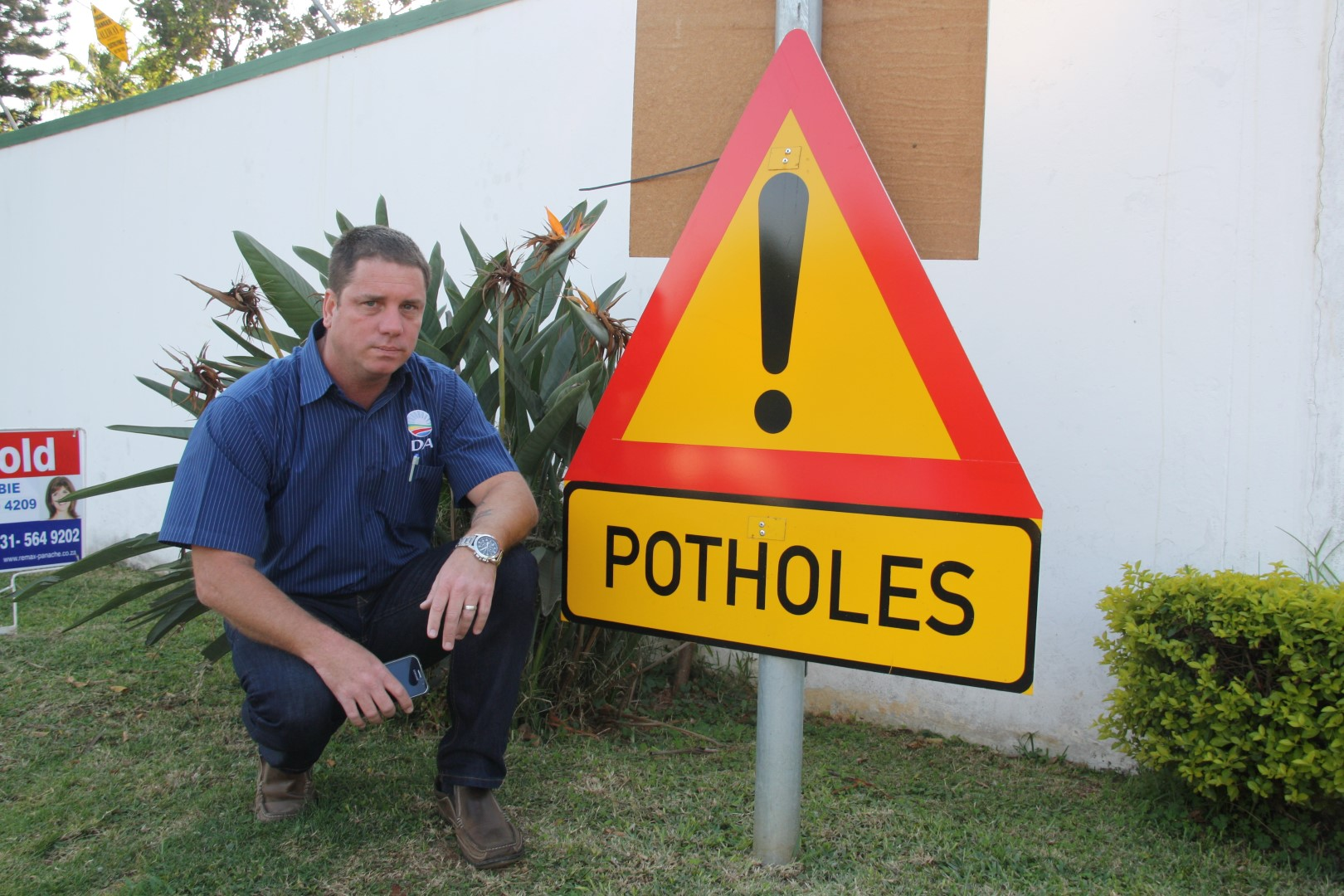 uMhlanga ward councillor, Heinz de Boer, says the city's Road and Stormwater department is struggling with a backlog of repair work which includes several potholes on Sugarfarm Trail in Sunningdale.