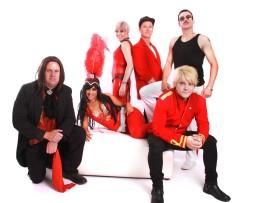 Back standing, Yvette Barnard (Pink), James Dobson (Billy Joel) and Ruan Geldenhuys. In front is Tiaan Rautenbach (Meatloaf), Chrystal Worship (Cher) and Ray Oberholzer (Jon Bon Jovi).