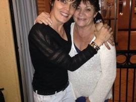 Brenda Lynn Scriven (right) and her eldest daughter, Tami Alves.