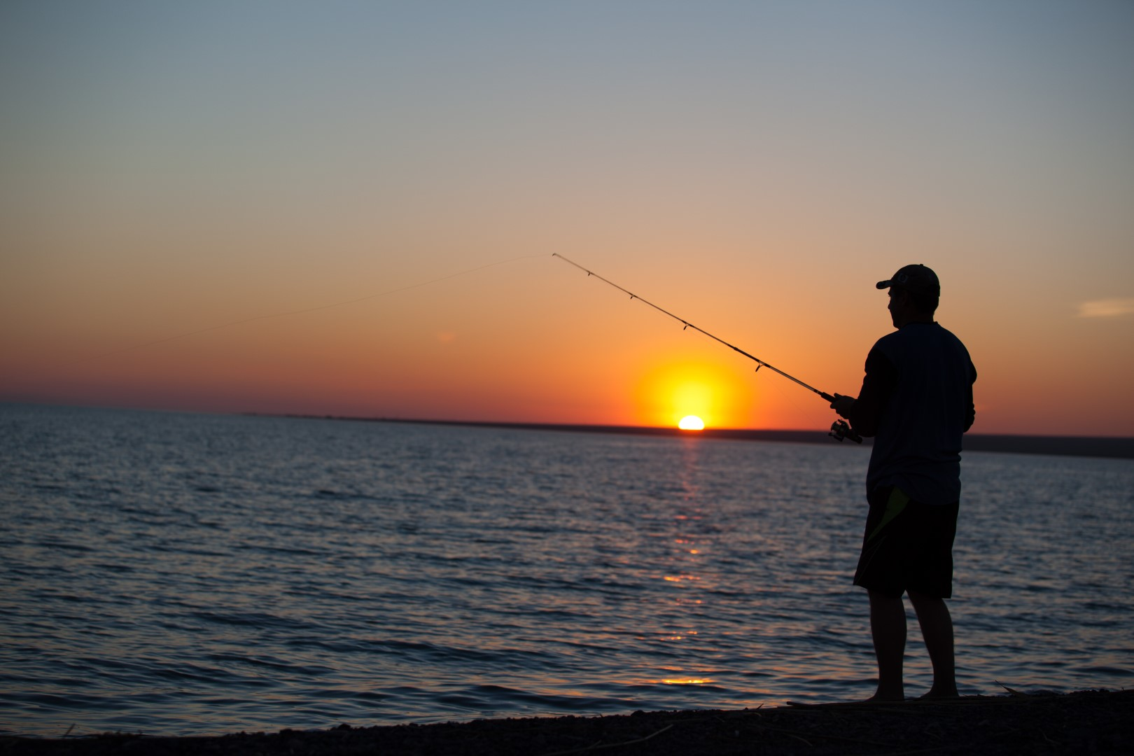 Fishermen robbed on glenashley beach northglen news for Fisher fish chicken indianapolis in
