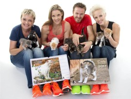 Alice Leah, Liesl Coppin, Bryan Hiles and Kathrin Kidger show support for Cats of Durban calendar.