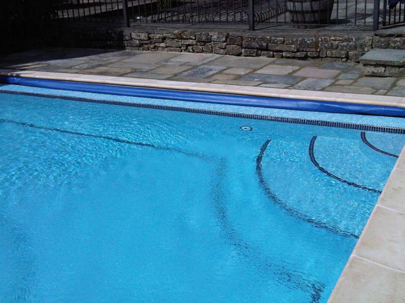 Man dies after effingham pool accident northglen news for Swimming pool design and build