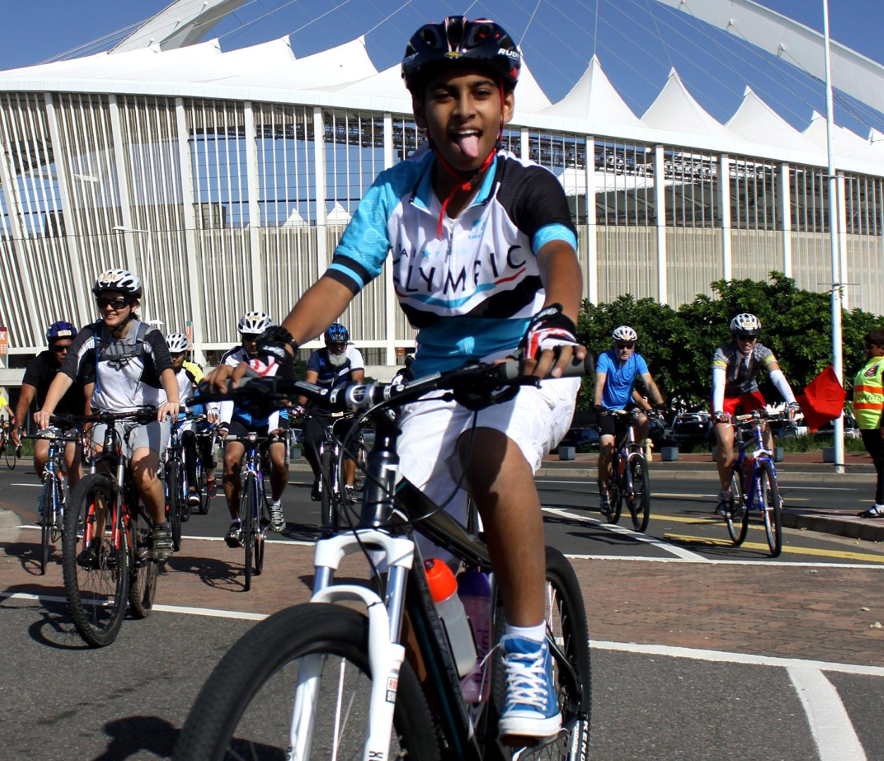 Another massive field of cyclists is expected for the 45km Fun Ride at the aQuellé Tour Durban presented by Bridge Fund Managers on Sunday 30 April. PHOTO: Dave Macleod (Gameplan Media)
