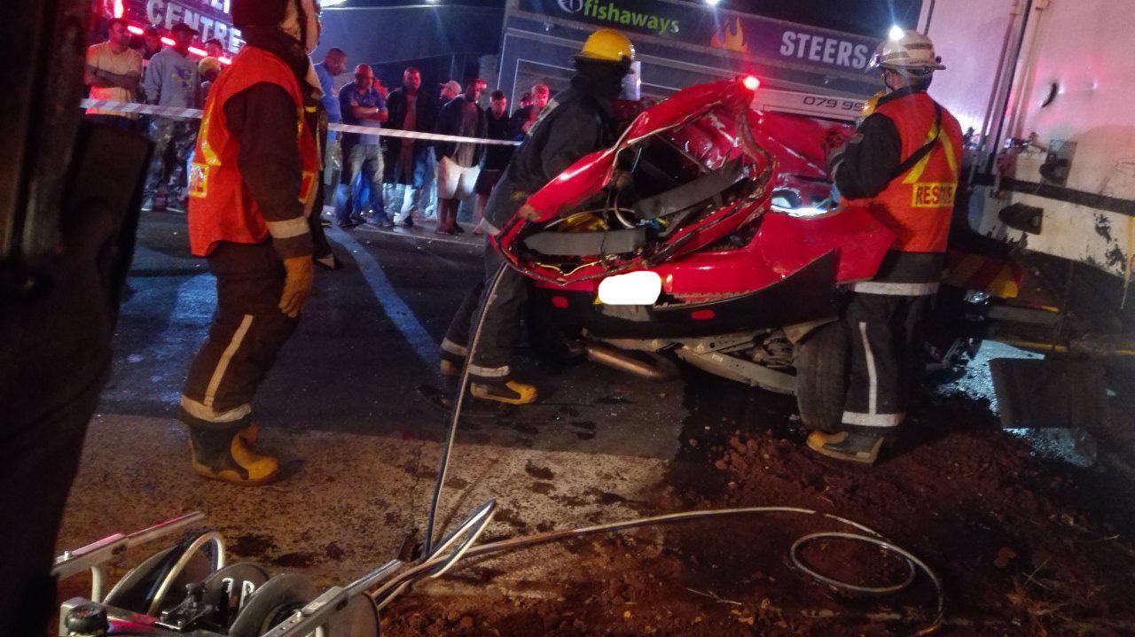 Three killed in horror North Coast Road crash | Northglen News