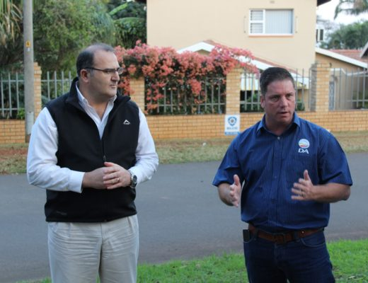 Adelaide Place resident, Leon Boshoff, along with several other concerned residents, met with ward councillor, Heinz de Boer last week to express their concerns at a proposal to erect a cell mast at a popular children's park.