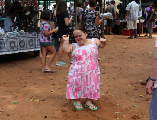 A buzzing tea garden with mesmerising scents of spices and flowers, and dancers swirling and twirling to local musicians melodic tunes. This is a glimpse of what the Golden Hours Family Market is all about. Tarryn Aggian has fun at the market.