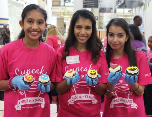 Deliciously imaginative cupcakes filled tables at malls around South Africa on Saturday as NPO, Cupcakes of Hope hosted its annual Cupscakes 4 Kids with Cancer fundraiser.The aim of the day, besides raising awareness was also about raising funds for families in need of medical assistance. Anamika Ramessar, Keri Ramessar and Yavika Jeewanlall were some of the volunteers who gave back on the day.