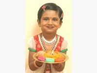 Viashka Ramsayi of Marburg reminds everyone not to miss the Diwali show.
