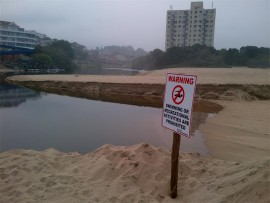 Margate lagoon remains closed until further notice. The public is warned not to swim in the lagoon.