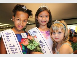 Pretty princesses: Shania Playdell-Bouverie (middle) took the crown in the three to seven category, followed by Roxanne Senekal in second place and Angel Guntu (left) in third place.