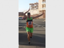 Flapping to victory: Freek 'Grondvoel' Stander wins the challenge.