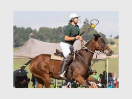 Dynamic duo: Creston College pupil Paige Pretorius and her horse Charm will be part of the SA Junior Polocrosse team that will tour Aurstralia in July.