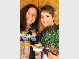 Nicolene Grobbelaar (left) and Diane Visser of Cansa invite everyone to the Donkey Derby.