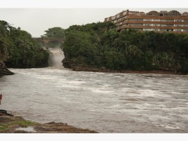 People have reported falling ill after swimming in the Uvongo lagoon.