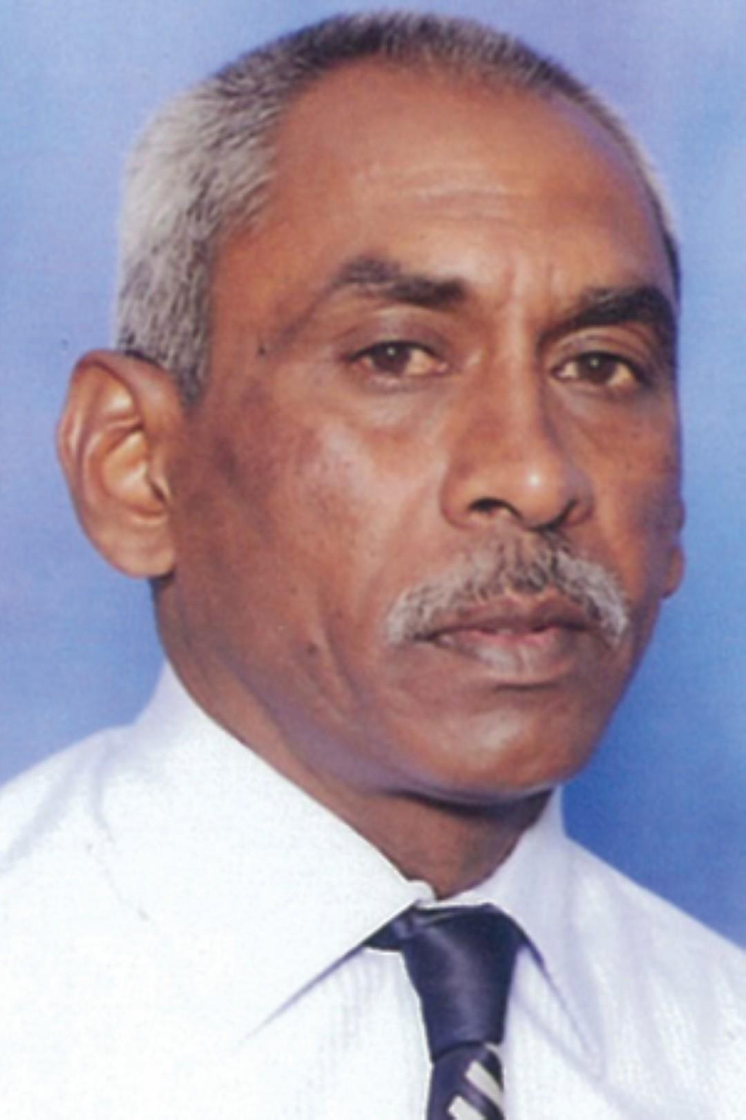 Vassie Rajah (Large)