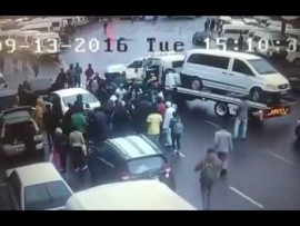 """Dramatic video footage of Durban """"mob justice"""" incident"""
