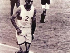 1933 Wally Hayward