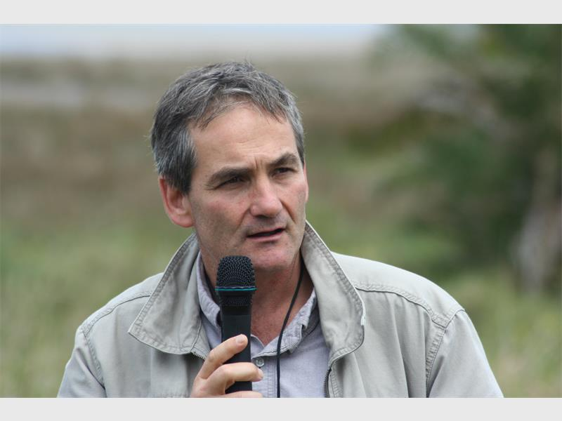 andrew zaloumis receives living planet award zululand observer