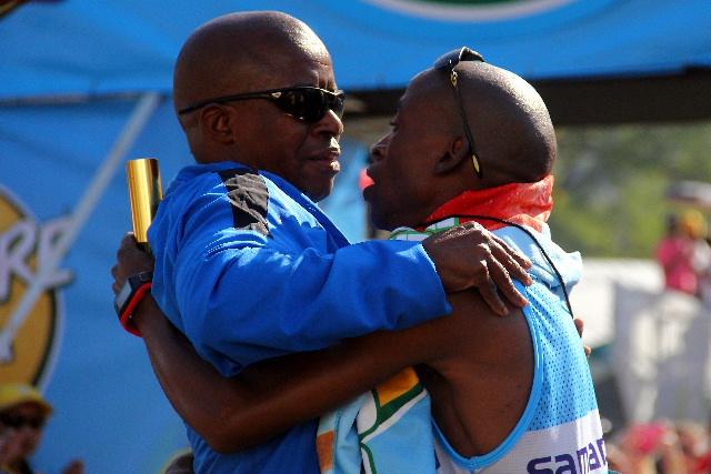 Comrades marathon 2015 zululand observer comrades marathon 2015 negle Images