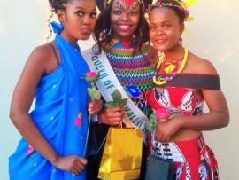 Senior category winners - Asande Khumalo (2nd princess), Lindelwa Shongwe (Queen eSikhaleni 2016) and Snethemba Mhlongo (1st princess) PHOTOS: Wellington Makwakwa