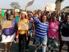 Furious uMkhobose residents take a stand over muti abductions and killings PHOTOS: Wellington Makwakwa