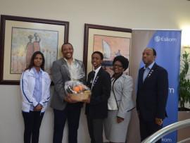 Handing over the international award to eSikhaleni pupil Sinenhlanhla Dlamini (centre) are science expo official Nalini Dookie, Eskom general manager Monde Bala, teacher Simo Manzi and expo official Bheki Manzi