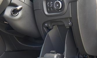 Car Int335x2002