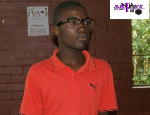 Uyimbongi aphinde abengumgqugquzeli womcimbi uBongani Mpisane wakwa J uthwetshulwe esemcimbini wezimbongi  osanda kuba seMlazi Commercial  High School