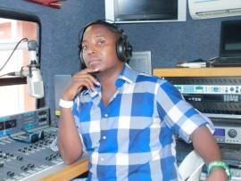"""UKhathide """"TShath'ugodo"""" Ngobe woKhozi FM uzoba wubuso beSantia  Awards."""