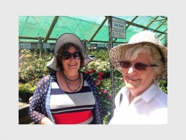 GREEN FINGERS: Arina Duvenhage and Daphine Trollip talk gardening.
