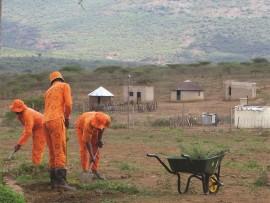 Nongoma Correctional Centre prisoners are hard at work at Ngangayiphi Primary School near Nongoma.
