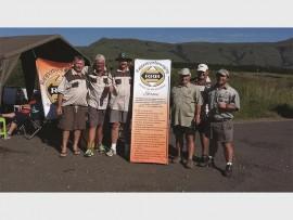 Ryk Pepler, Johann Marais, Vicus Kock, Jan Haarhoff, Herman Louw en Casper Franken het met groot entoesiasme die atlete aangemoedig tydens die Battlefields Marathon.