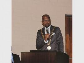 District Mayor, Musa Ngubane delivers the keynote address.