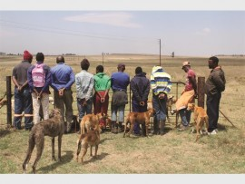 Illegal hunters were apprehended after being caught red-handed on a farm near Ingagane.