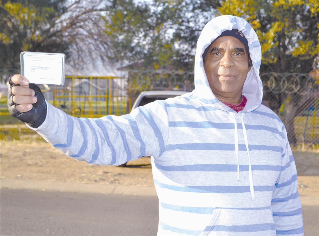 Izwe. kanti futhi umnuz mthembu ungomunye wabaholi be komiti