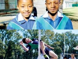 O/9 Junior Victrix Ludorum: Siyathokoza Mthabela en o/11 Junior Victrix Ludorum: Owethu Mbatha. High jumper: Hayden Caldecott.