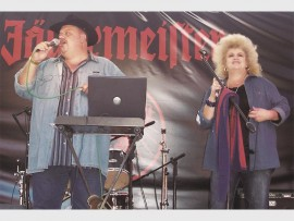 Maubrie in action. Maurits Brits and Gerbrie Bester are happiest on stage, making music to make people smile.