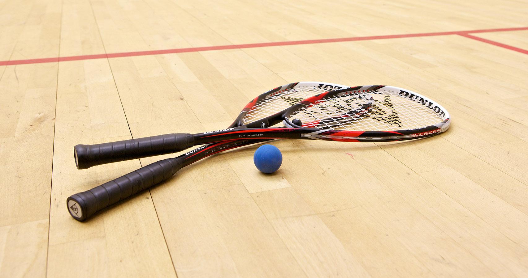 Squash game racket