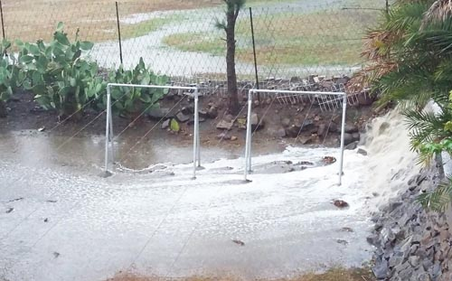 Heavy rainfall dredges up filth in the CBD - Estcourt and Midland News