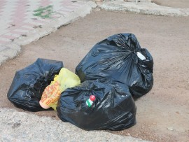 According to Matshidiso Mothapo, a municipal spokesperson, the municipality was not able to collect refuse according to their weekly program this week due to mechanical problems on their trucks.