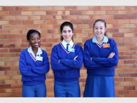 Gracious Kekana, Monique de Sousa, Lachelle de Beer en Soné Kapp (afwesig) is vir die onderskeie Limpopo hokkiespanne gekies.