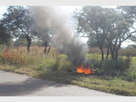 A small fire at the side of the road along the Silicon road spread, destroying a building at the Polokwane go-kart track a year ago.