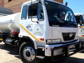 [VIDEO] Mayor Kganyago, Speaker Sibanda test drive new trucks